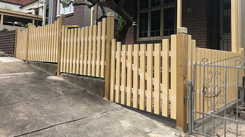 Bevelled edge picket fence and veranda posts